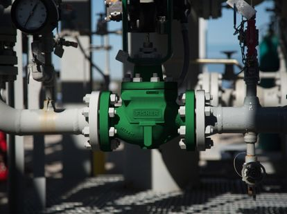 Control Valves | Emerson US